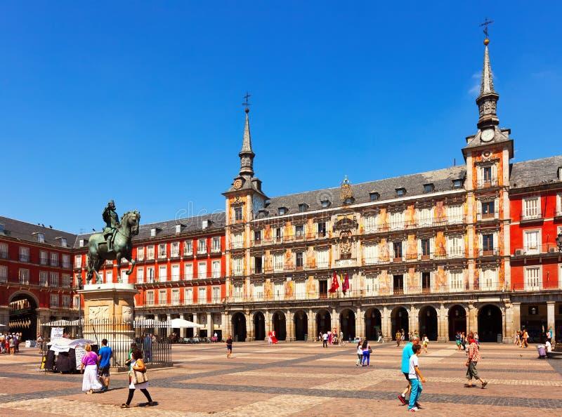 Solig sikt av Plazaborgmästaren. Madrid Spanien arkivfoto