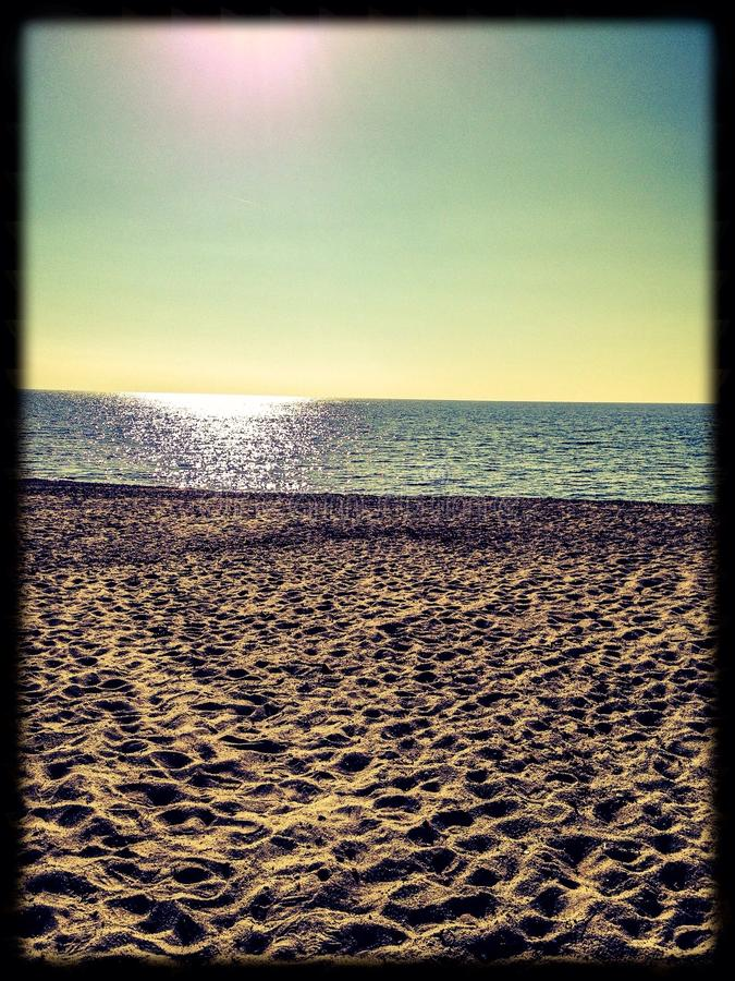solig stranddag royaltyfri bild