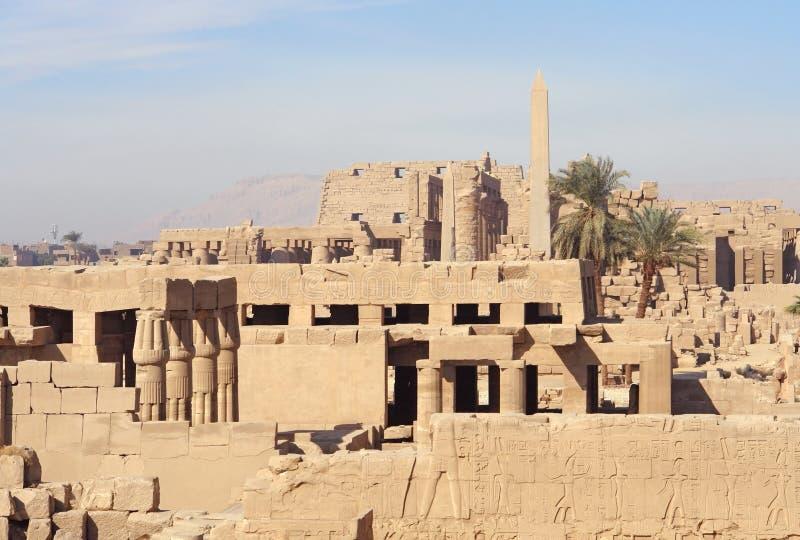 Solig upplyst polisdistrikt av Amun-beträffande i Egypten fotografering för bildbyråer