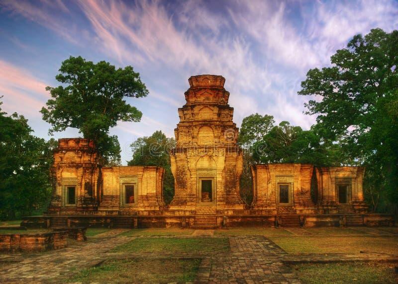 soligt tempel arkivfoton