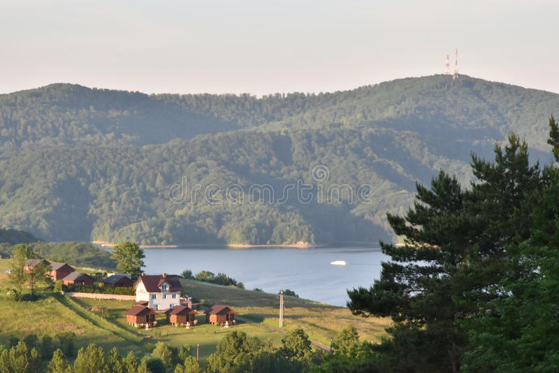 Solina sjö i Bieszczady berg arkivfoton