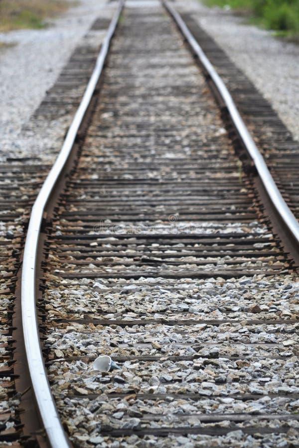 Solitudine delle piste del treno fotografia stock libera da diritti
