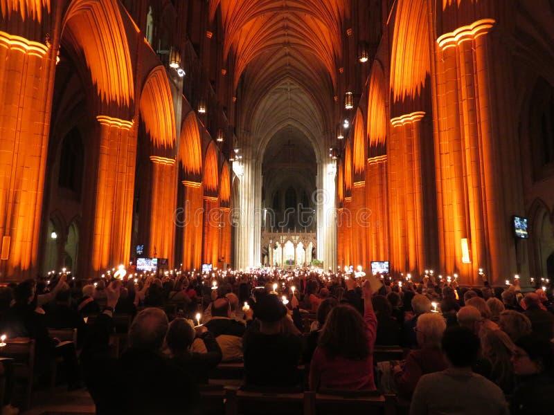 Sollevare le loro candele per fermare violenza armata fotografie stock