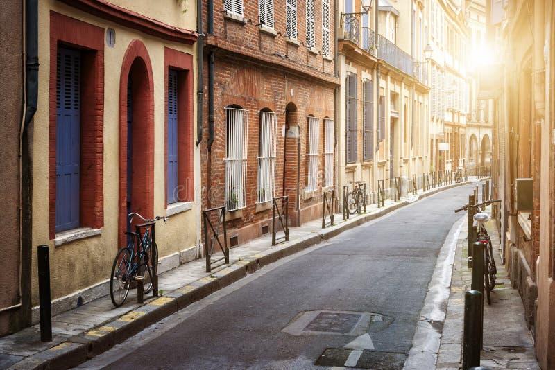 Solljus i Toulouse arkivbilder