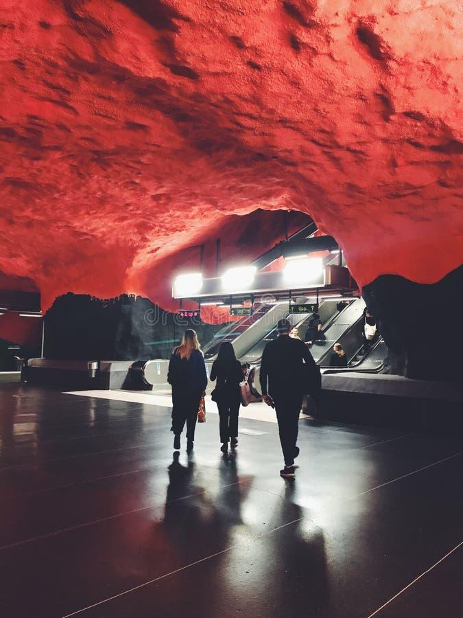 Solna地下中心tunnelbanestation 地铁斯德哥尔摩,瑞典的驻地 免版税库存照片