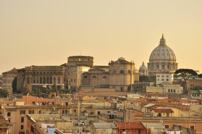 Solnedgång över Rome royaltyfri bild