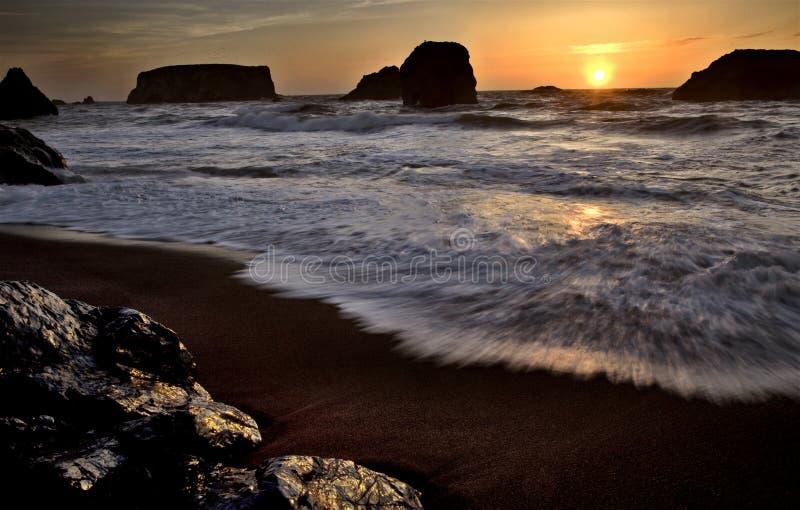 Solnedgång Bandon Oregon fotografering för bildbyråer
