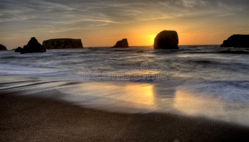 Solnedgång Bandon Oregon arkivbild