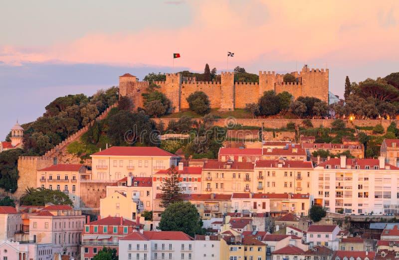 solnedgång för slottjorge lisboa portugal sao royaltyfri bild