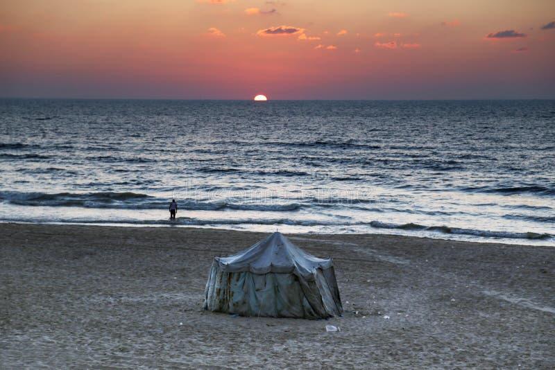 Solnedgång från den Gaza staden royaltyfri foto