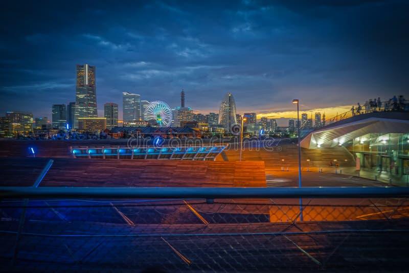 Solnedgång HDR för Japan Yokohama stadssikt arkivfoton