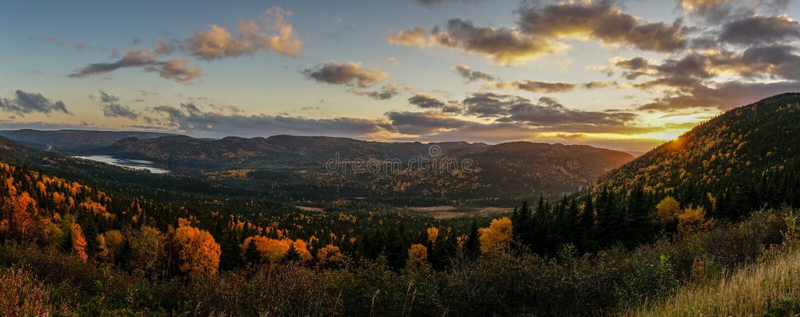 Solnedgång i östliga Kanada arkivfoton