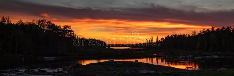 Solnedgång i Acadianationalpark royaltyfria bilder