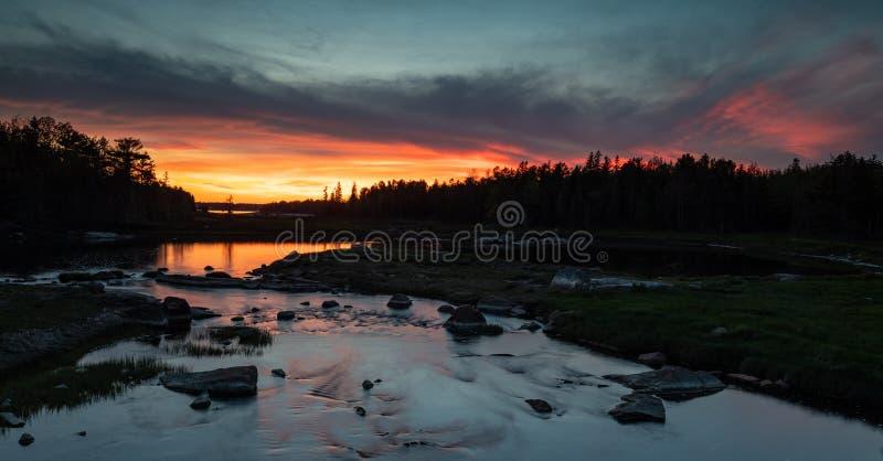Solnedgång i Acadianationalpark arkivfoto