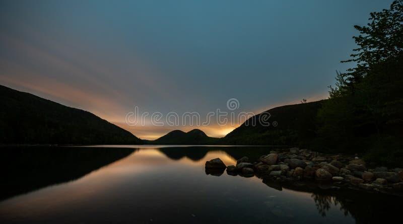Solnedgång i Acadianationalpark fotografering för bildbyråer