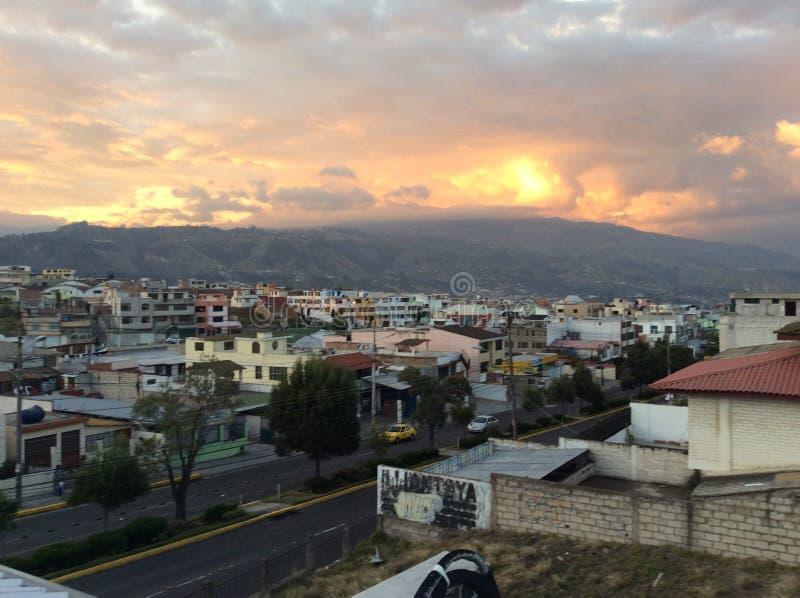 Solnedgång i Ambato II royaltyfria bilder
