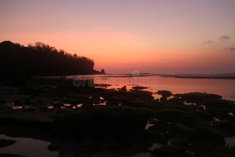 Solnedgång i Bali royaltyfri foto