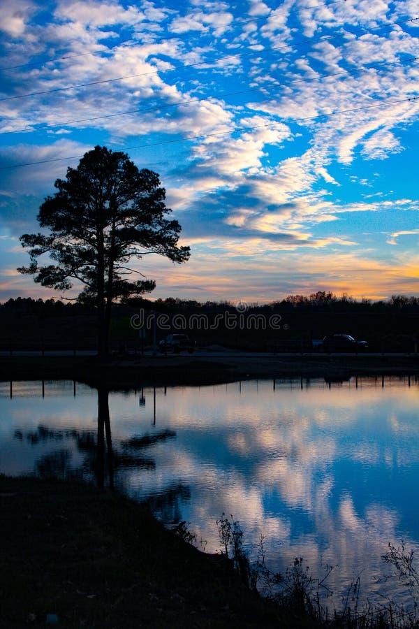 Solnedgång i Benton arkivfoton