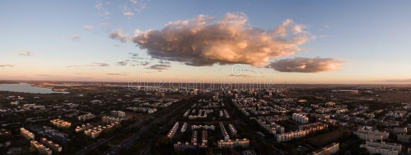 Solnedgång i Brasilia arkivfoton