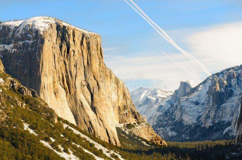 Solnedgång i den Yosemite dalen royaltyfria bilder