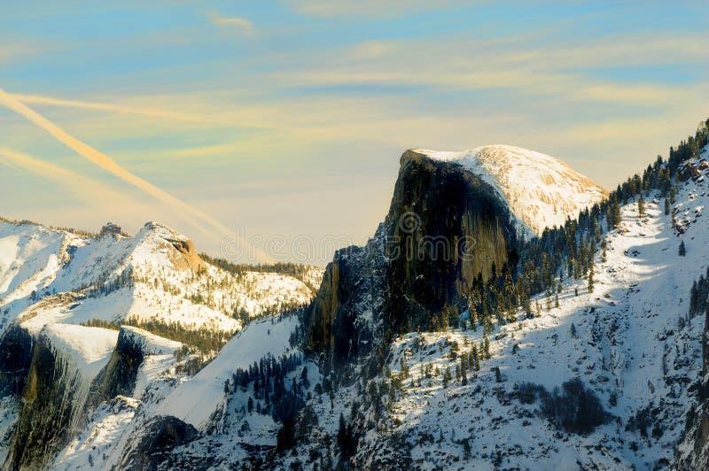 Solnedgång i den Yosemite dalen royaltyfria foton