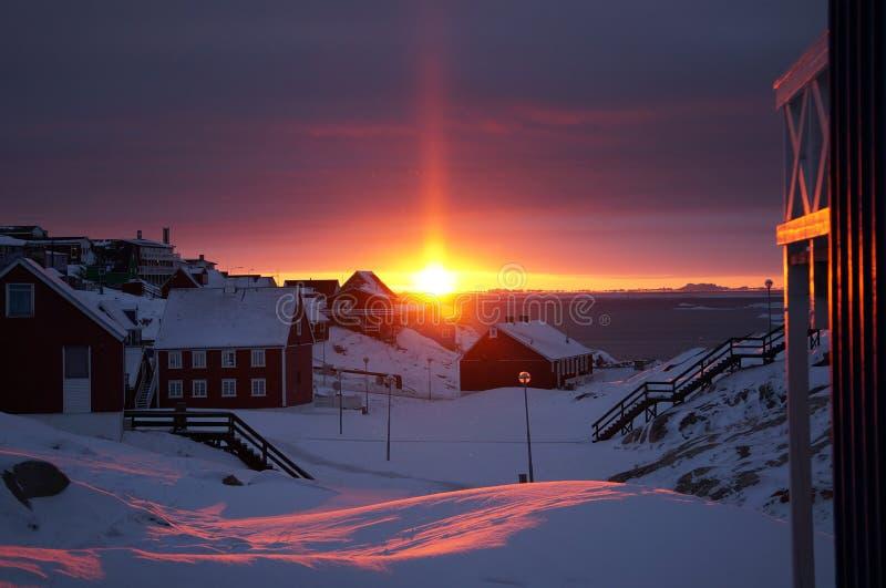 Solnedgång i Grönland fotografering för bildbyråer