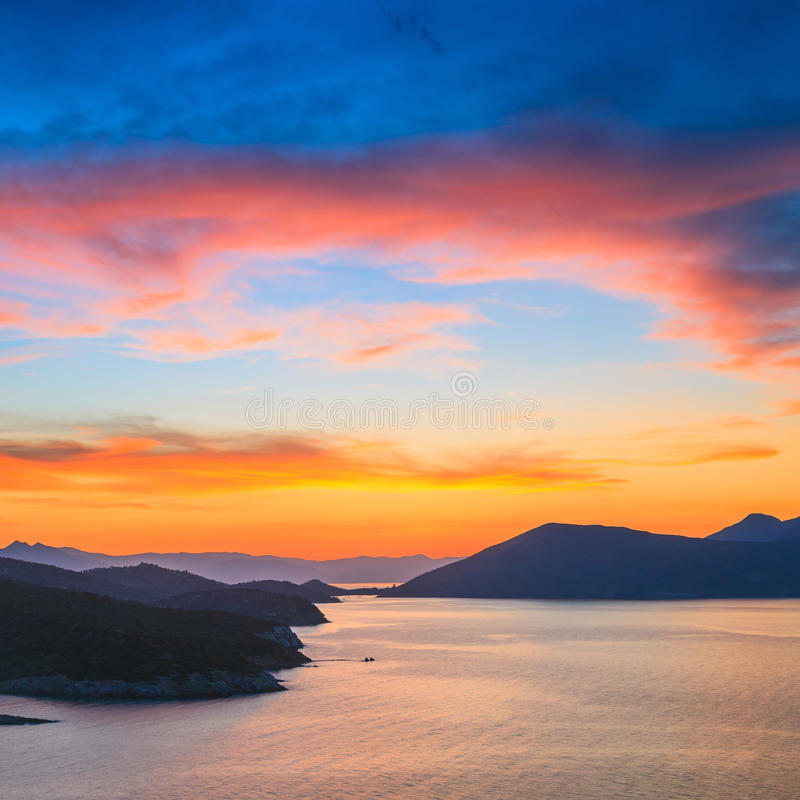 Solnedgång i Grekland arkivfoto