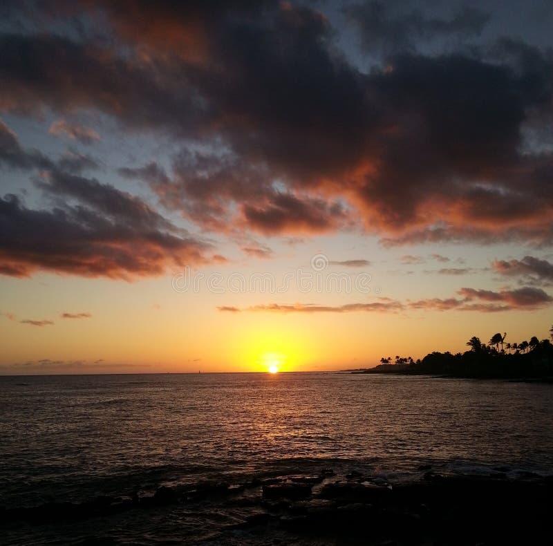 Solnedgång i Kauai arkivfoton