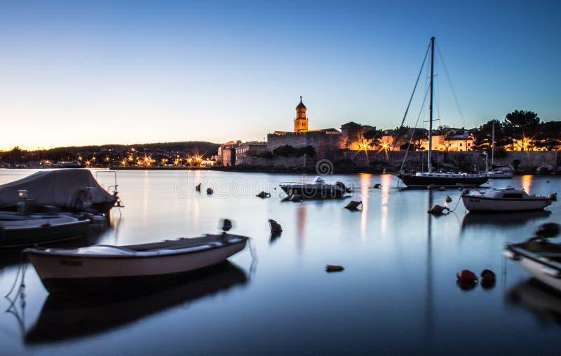 Solnedgång i Krk fotografering för bildbyråer