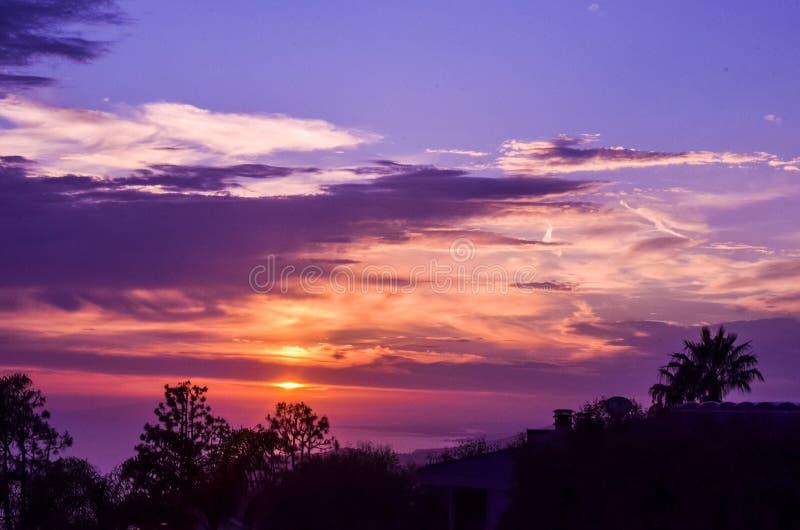 Solnedgång i Laguna Beach royaltyfria foton