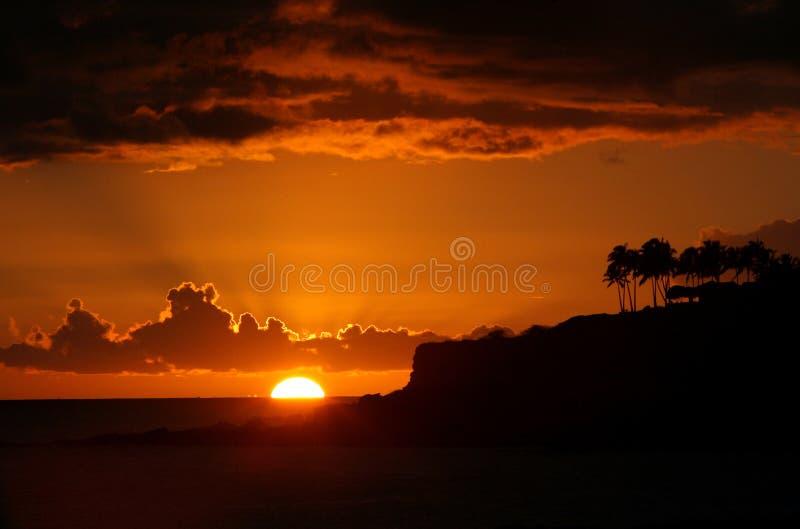 Solnedgång i Lanai Hawaii arkivfoton