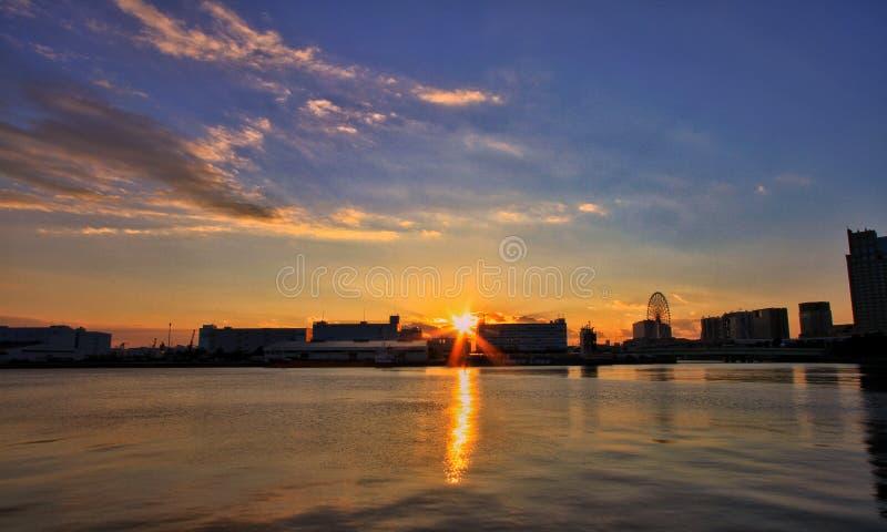 Solnedgång i odaiba royaltyfri fotografi