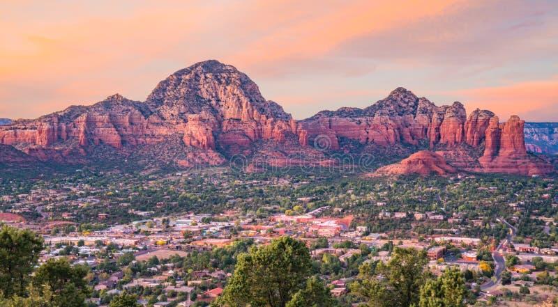 Solnedgång i Sedona, Arizona royaltyfria bilder