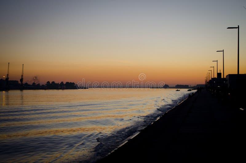 Solnedgång i Viana do Castelo arkivbilder