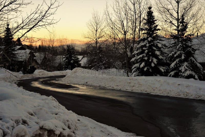 Solnedgång i vintern - Utah arkivbilder