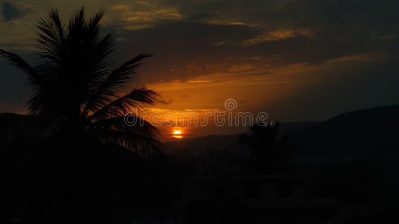 Solnedgång i Visakhapatnam fotografering för bildbyråer