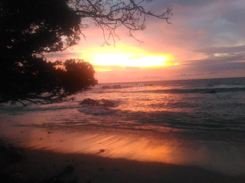 Solnedgång i Wediombo arkivfoto