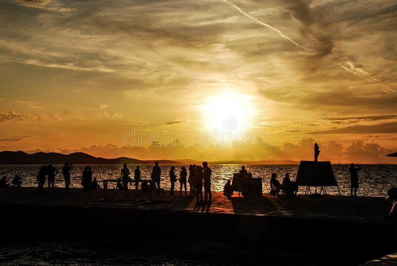 Solnedgång i Zadra - Kroatien royaltyfri bild