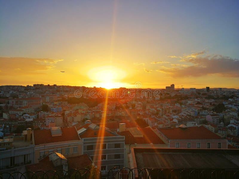 Solnedgång Lissabon royaltyfria bilder
