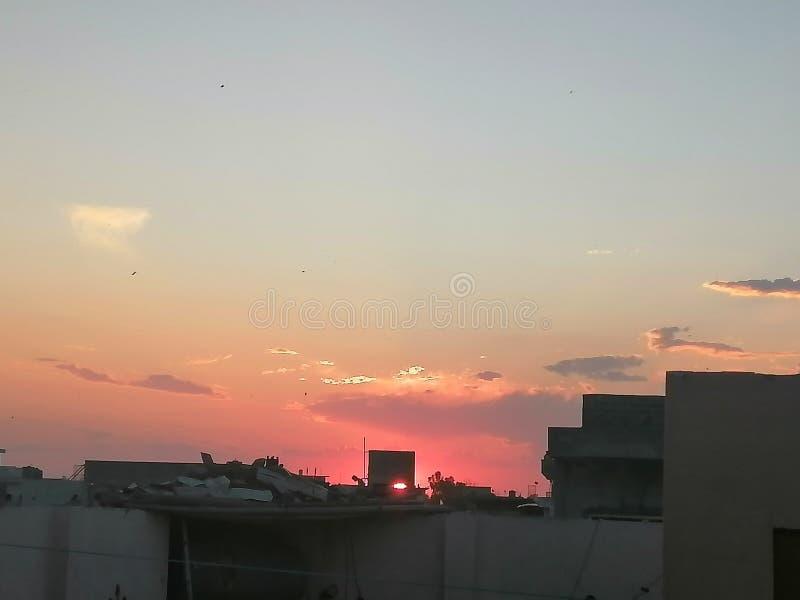 Solnedgång, mobilt klick royaltyfria foton
