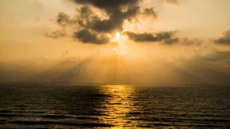 Solnedgång på Apollonia Beach arkivfoton