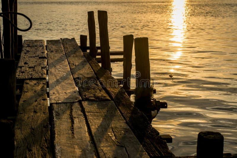 Solnedgång på kohyoen arkivbilder