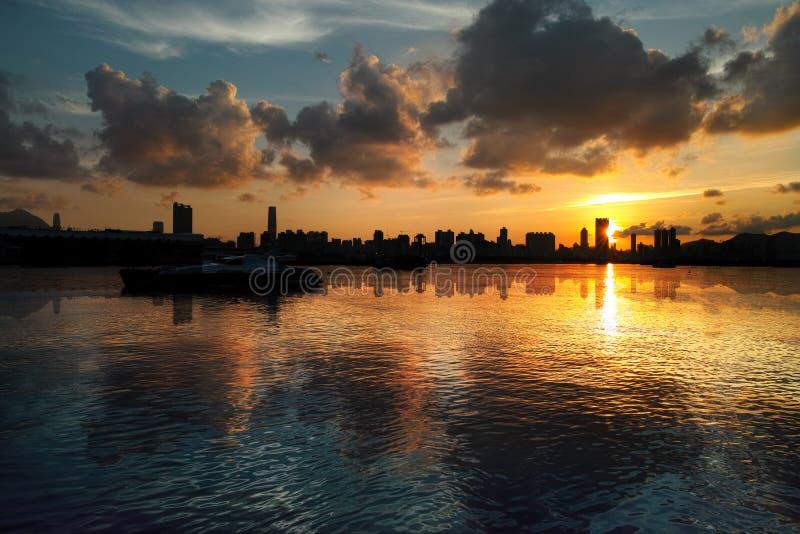 Solnedgång på Kung Tong royaltyfri foto