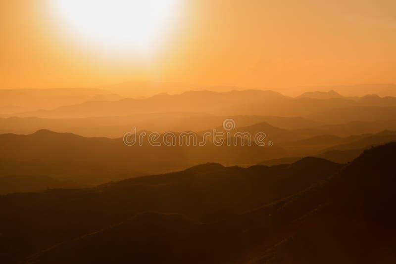 Solnedgång på Lalibela i Etiopien arkivbild