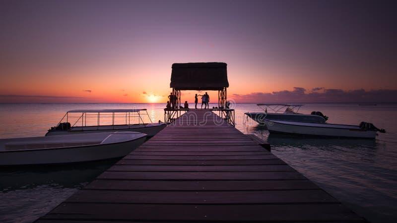solnedgång på Mauritius arkivbild
