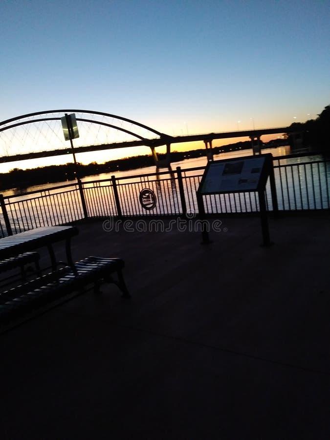 Solnedgång på paviljongen arkivbilder