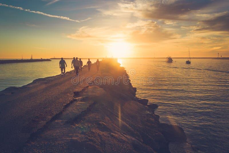 Solnedgång på Playa Del Rey arkivbilder