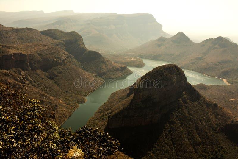 Solnedgång södra flod för africa blydekanjon arkivbild