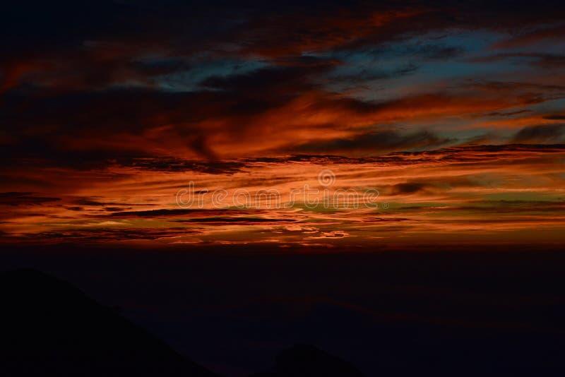 Solnedgångglöd royaltyfri fotografi
