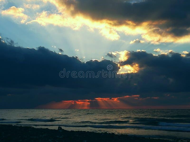 Solnedgångmediterranea arkivbild